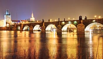 PhotoFly Travel Club   Prague bridge   PhotoFly Travel Club