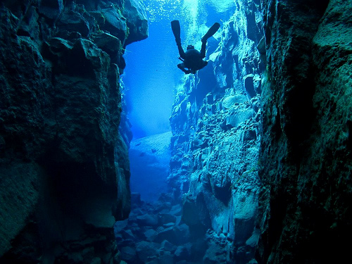 PhotoFly Travel Club | iceland scuba wp | PhotoFly Travel Club