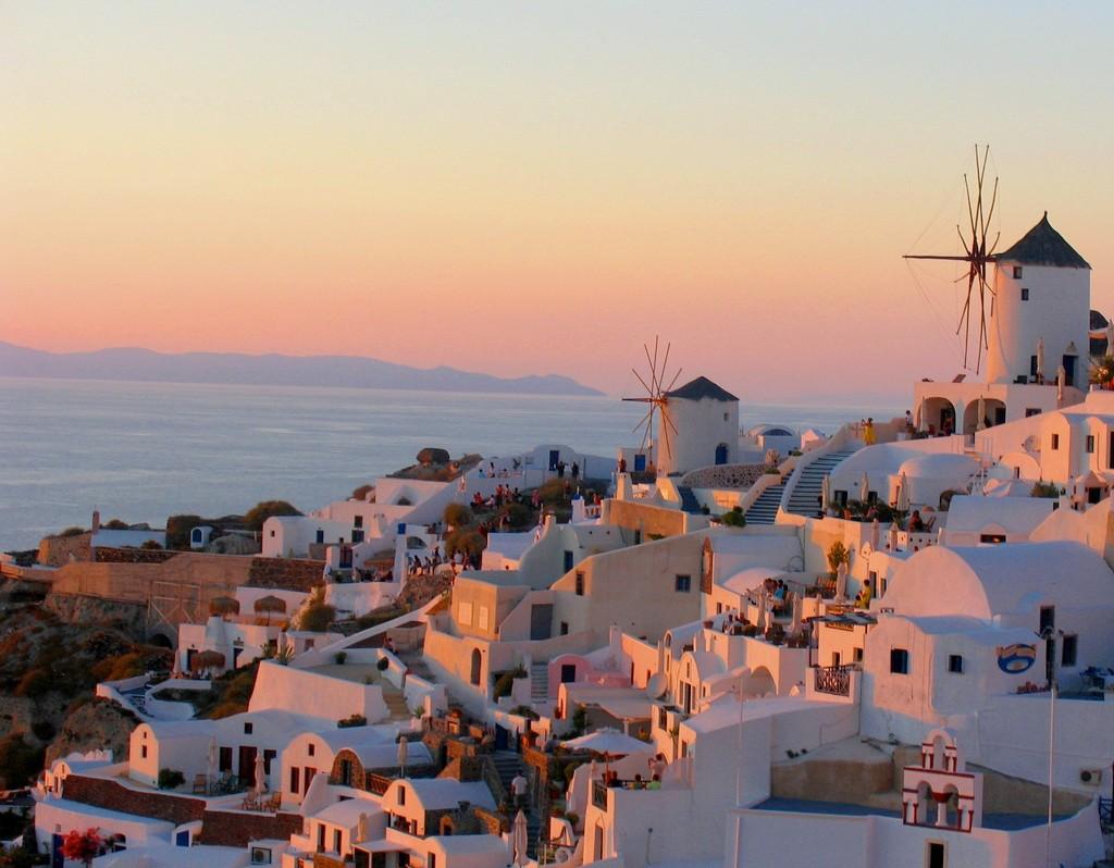 PhotoFly Travel Club | Beautiful Santorini Sunsets | PhotoFly Travel Club