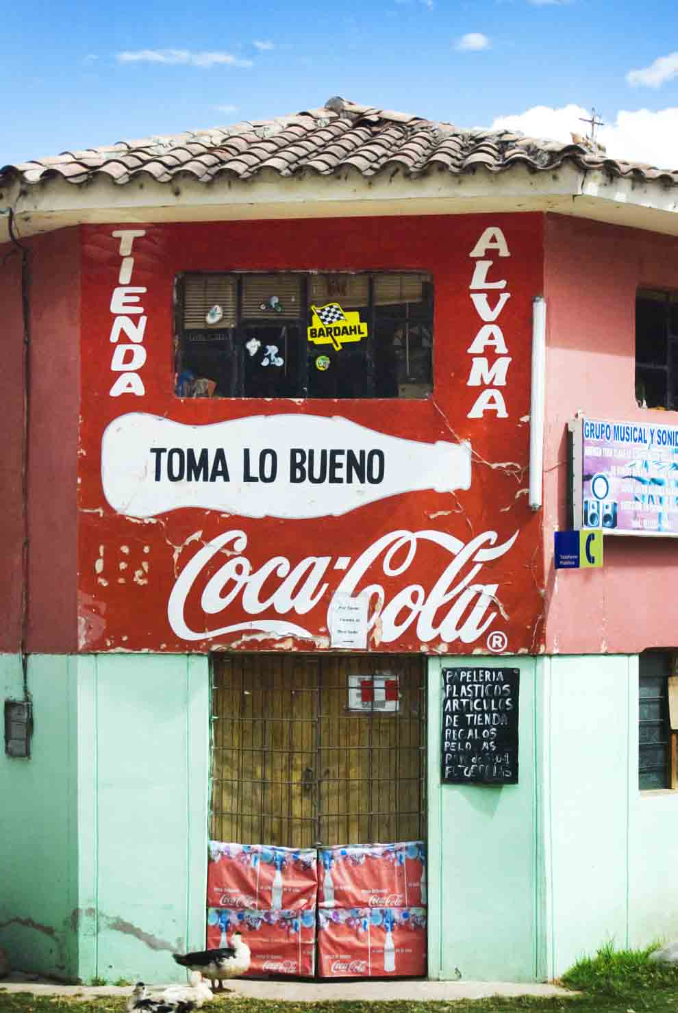 PhotoFly Travel Club | Coke in Peru | PhotoFly Travel Club