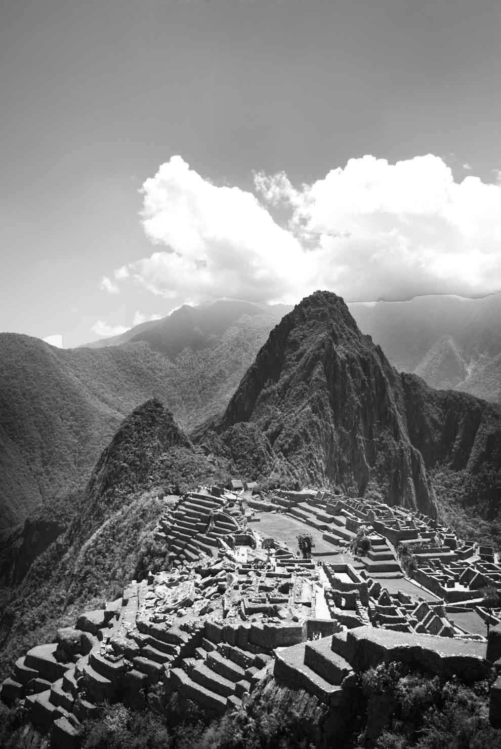 PhotoFly Travel Club | Black & White Machu Picchu | PhotoFly Travel Club