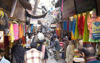 Chawri Bazaar: https://silentbeauty2001.blogspot.com/2008/07/dilli-ka-dil.html