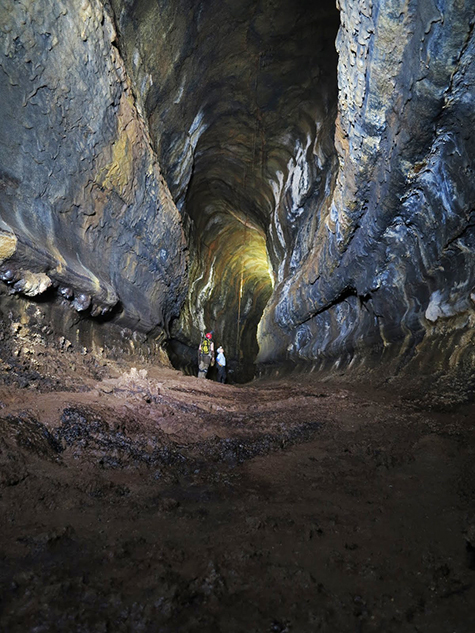Santra Cruz lava tubes
