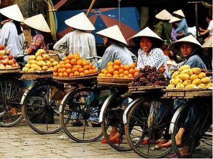 PhotoFly Travel Club | market in VN(2) | PhotoFly Travel Club