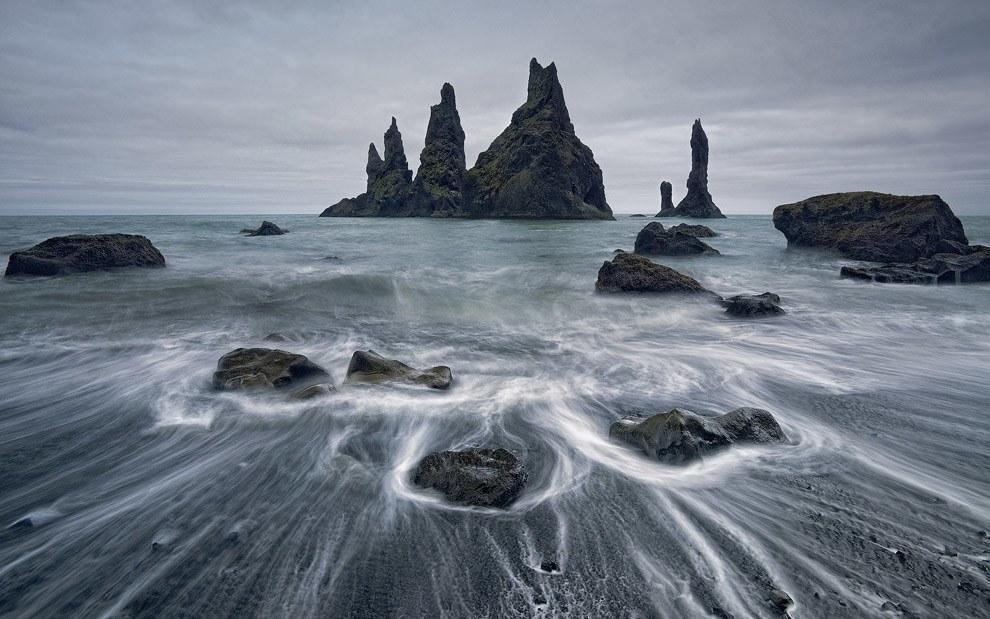 PhotoFly Travel Club | Reynisdrangar-Photo-by-Mike-Reyfman | PhotoFly Travel Club