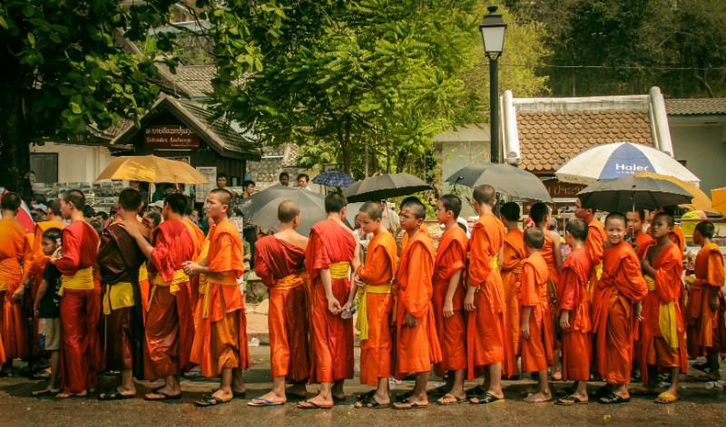 PhotoFly Travel Club | Monks of Laos group tours | PhotoFly Travel Club