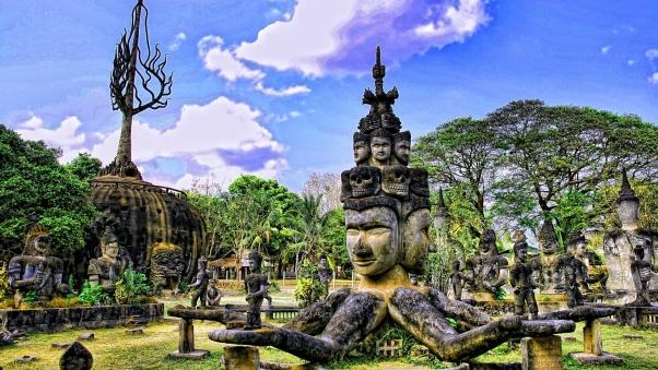 PhotoFly Travel Club | Xieng Khouan Buddha Park | PhotoFly Travel Club