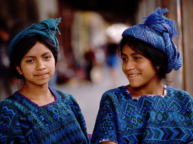 PhotoFly Travel Club | Chichicastenango-girlds | PhotoFly Travel Club