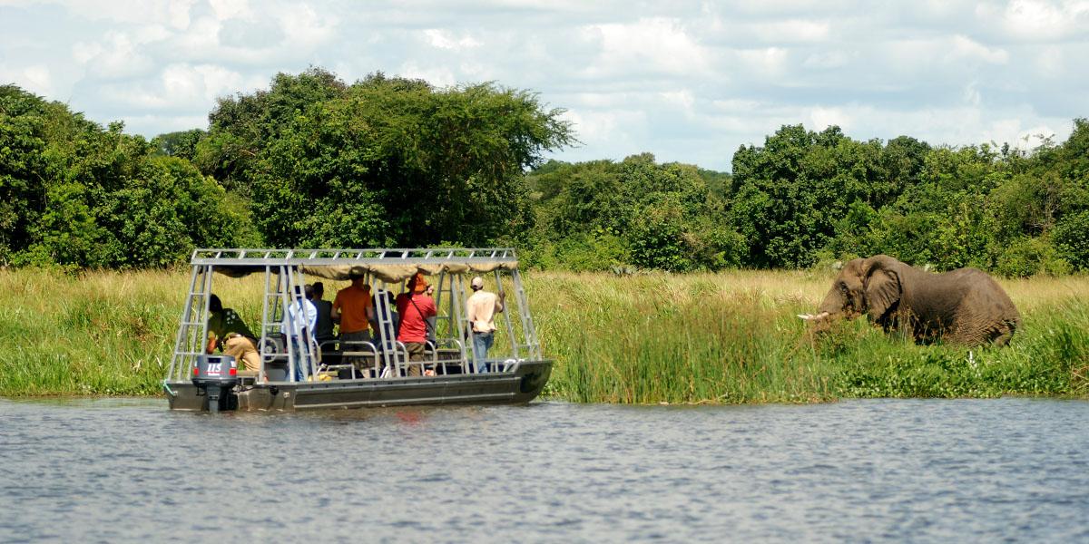 PhotoFly Travel Club | boat safari ele | PhotoFly Travel Club