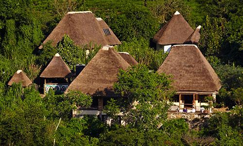 PhotoFly Travel Club | bwindi lodges mountai | PhotoFly Travel Club