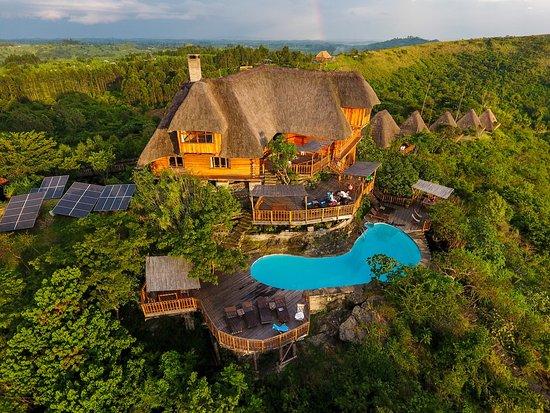 PhotoFly Travel Club | kyaninga-lodge | PhotoFly Travel Club