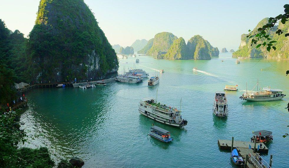 PhotoFly Travel Club | Vietnam_-_Halong_Bay | PhotoFly Travel Club