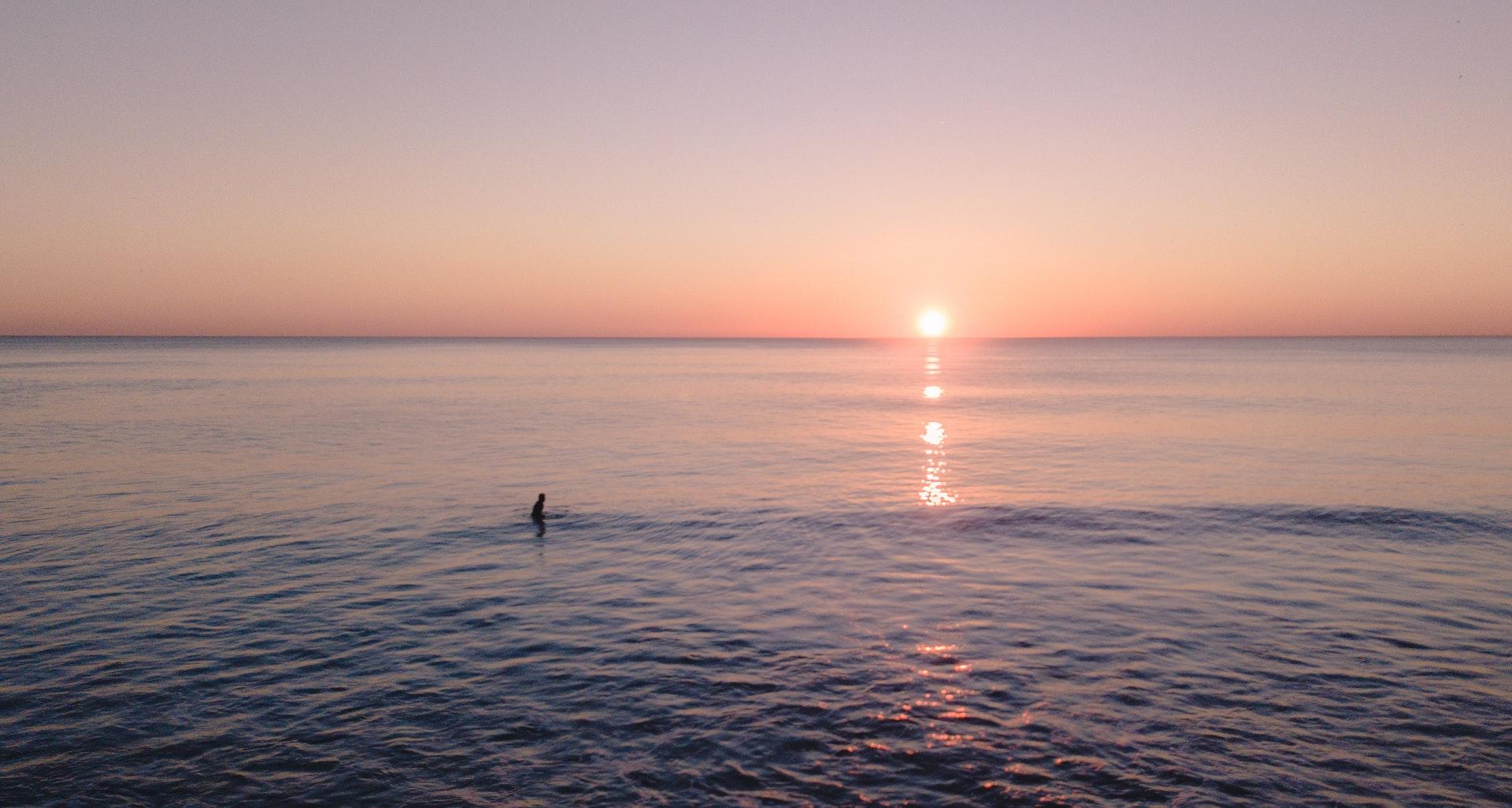 PhotoFly Travel Club | ocean-during-golden-hour-1751130 | PhotoFly Travel Club