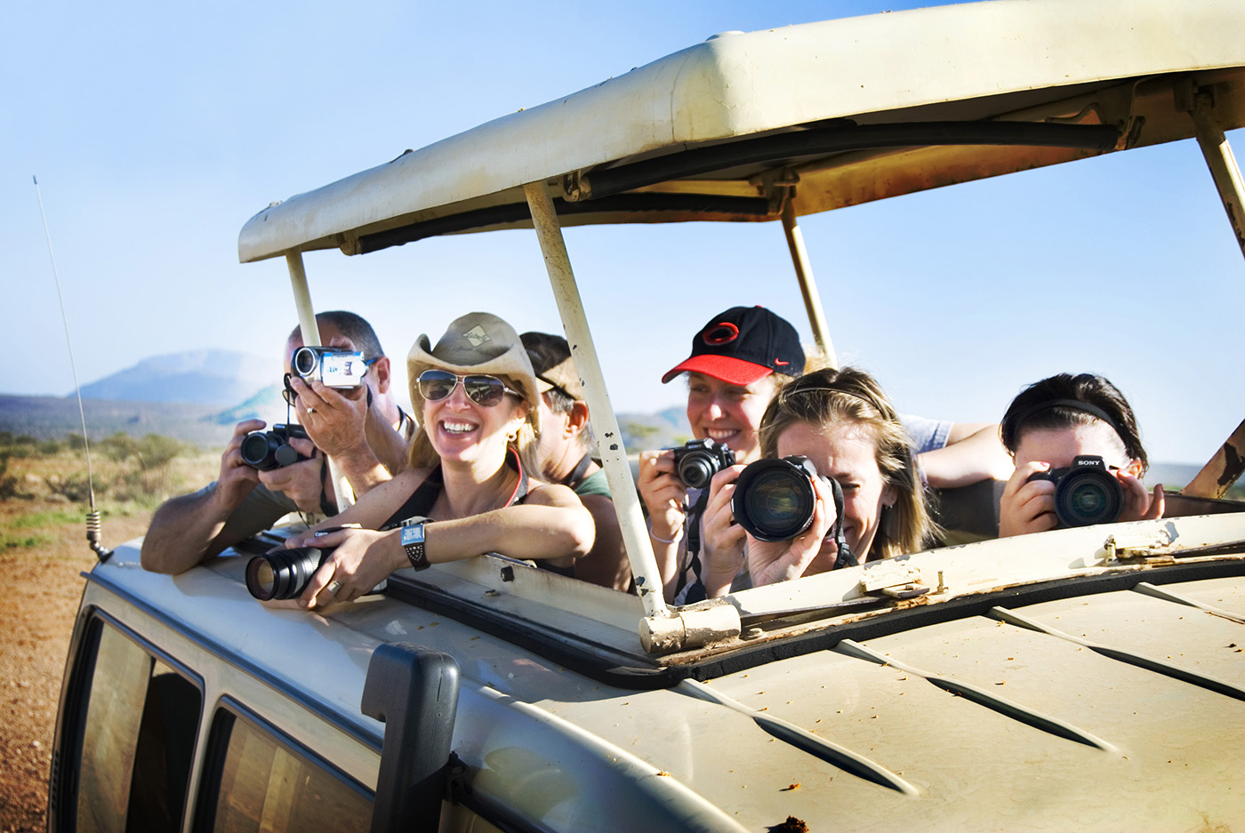 PhotoFly Travel Club | TOP PAGE MAIN PICTURE OPTION 1 lovin safari sky | PhotoFly Travel Club