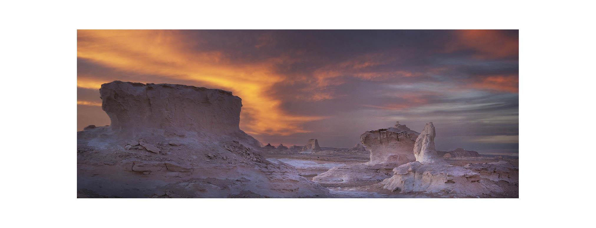 PhotoFly Travel Club | The White Desert Dusk Cropped canvas | PhotoFly Travel Club